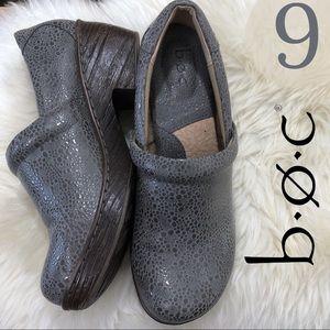 b.o.c. Iridescent Textured Comfort Nursing Clog 9